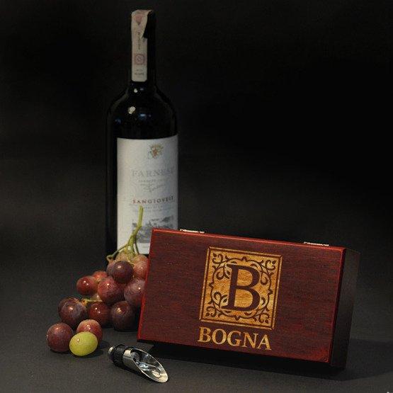 Akcesoria do wina + monogram + imię