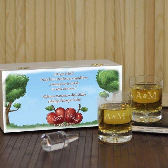 """Dwie szklanki w pudełku z nadrukiem- """"Jabłonka"""""""
