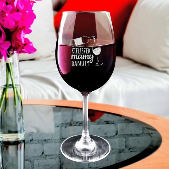 Kieliszek do wina z iminiem - dla mamy