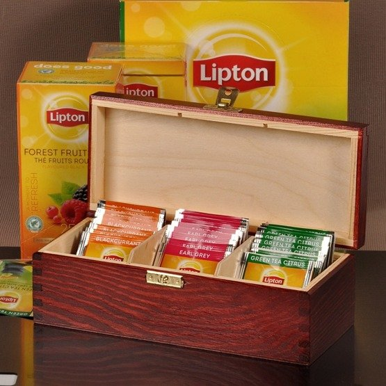 Pudełko z herbatą Lipton