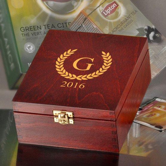 Pudełko z herbatą Lipton- Monogram + rok