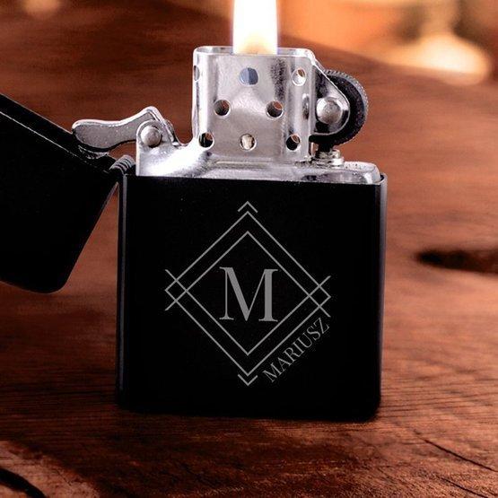 Zapalniczka benzynowa - monogram + imię