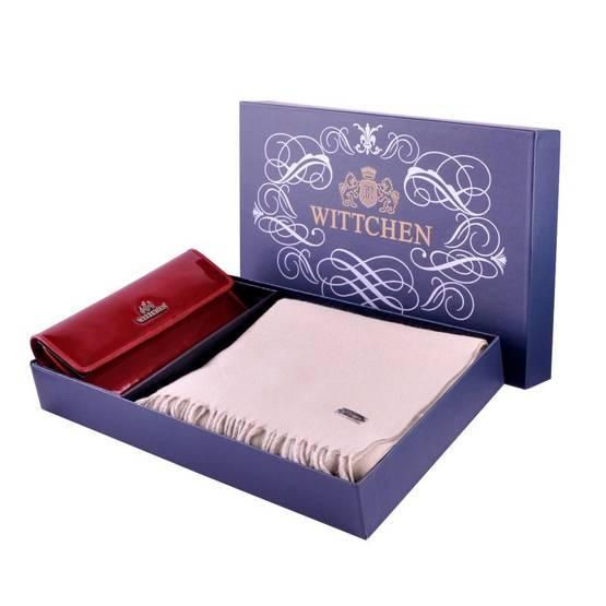 Zestaw prezentowy damski WITTCHEN XVII - czerwony portfel + beżowy szal